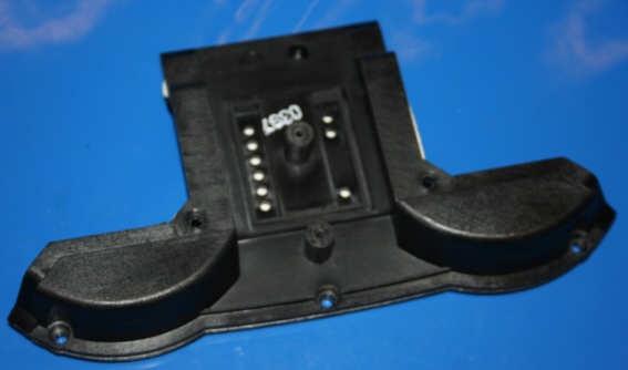 Deckel Instrumentenkombi Mitte /6-77 li.3 Löcher
