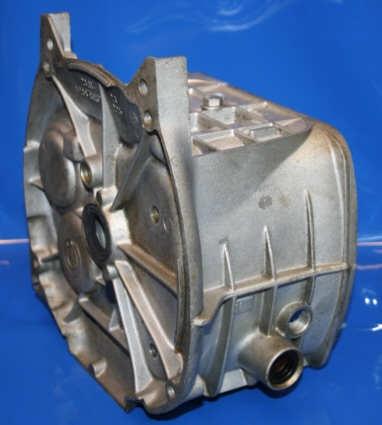 Getriebegehäuse /7- verrippte Ausführung gebraucht