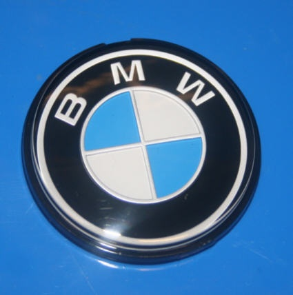 Plakette BMW am Integralkoffe +R4