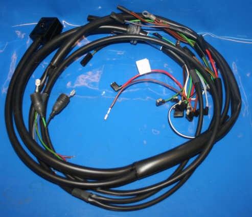 Kabel, Kabelbäume und Schalter