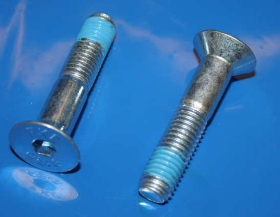 Schraube Hauptständer K100 5/84- +Schalthebel R1100/1150