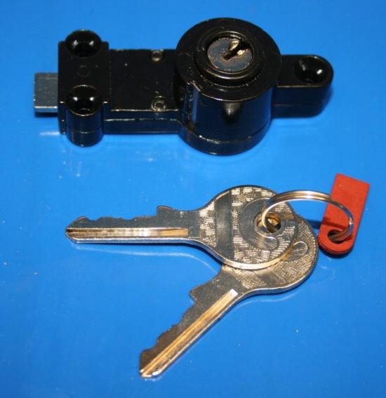 Schließzylinder Werkzeugfach im Tank R50-69S R25/3