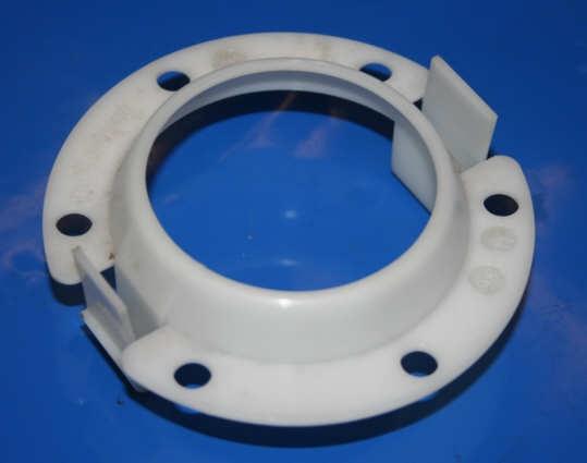 Haltering Benzinpumpe K75/100 83- im Schwingungsdämpfer