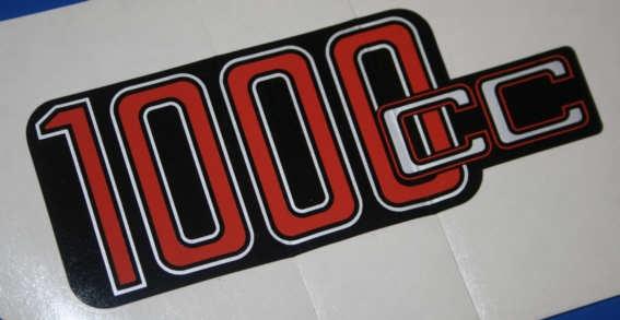 Aufkleber 1000cc R100 Batterieabdeckung silber/rot
